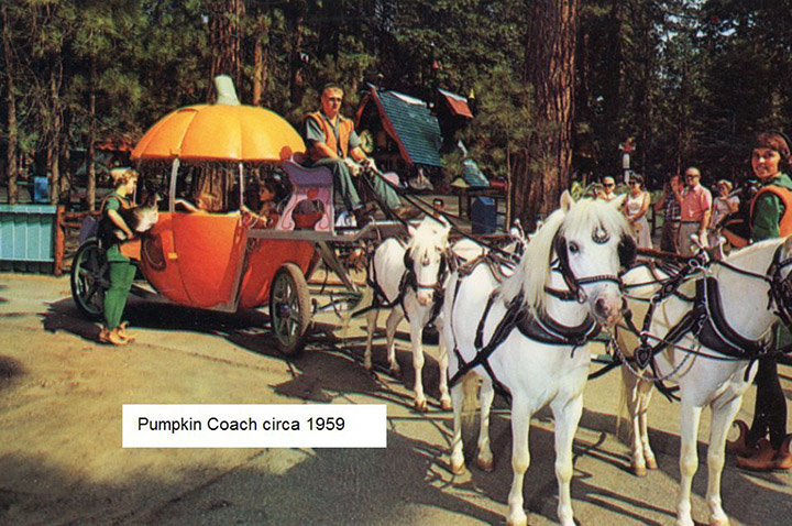 pumpkin coach santa's village #4