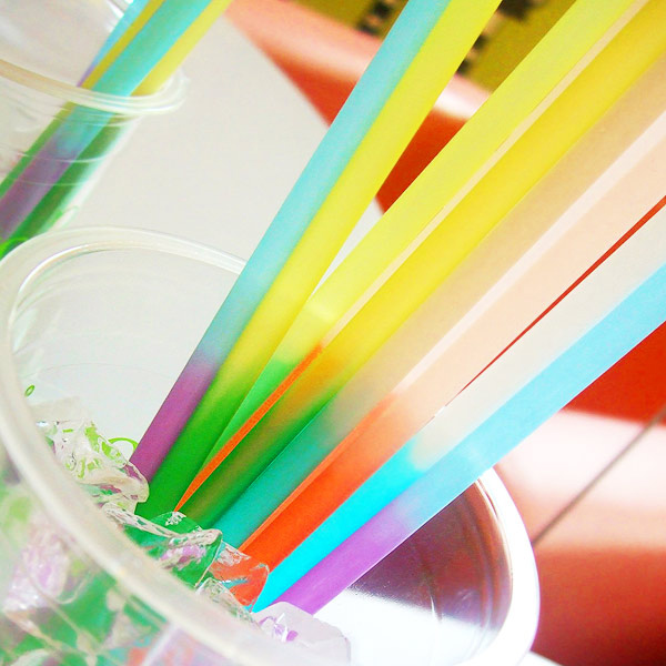 For both the young and the young-at-heart, this assorted fluorescent-colored plastic straw is sure to bring a smile to the face of every user. Offering unparalleled style and function, the MontoPack sip straws will create a fun, exciting experience for all your loadingbassqz.cfs: 1K.