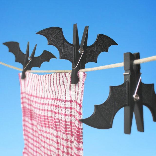Bat-Clothespins-by-SUCK-UK