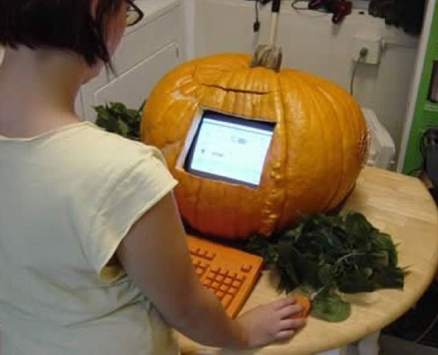 computer-halloween-funny-pumpkin-image-for-whatsapp