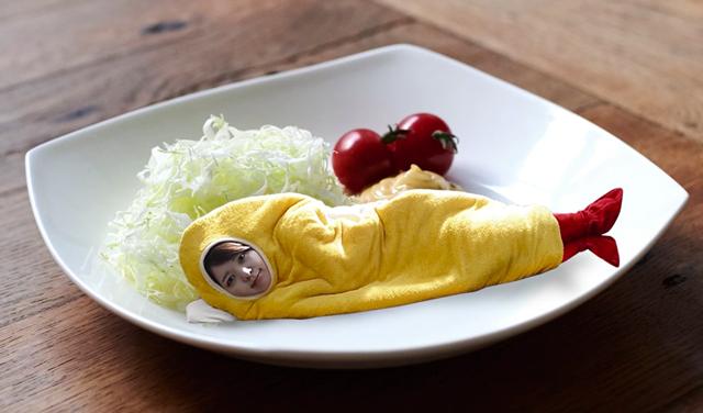 deep-fried-shrimp-sleeping-bag-social