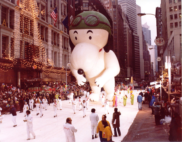 Flying-Ace-Snoopy-1968-–-1st-ever-Snoopy-Balloon-of-seven