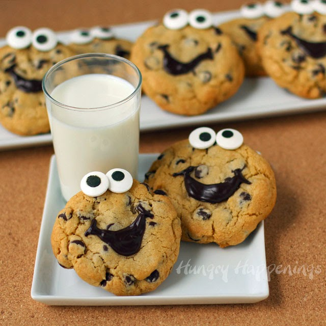 Happy-chocolate-chip-cookies-