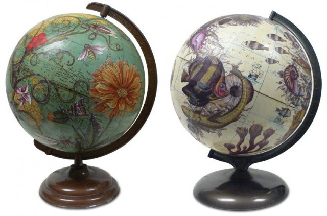 Holiday globes