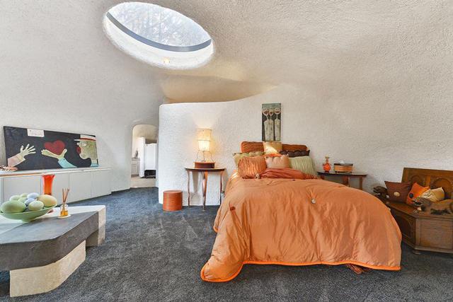 Real Life Flintstone House Hits The Market Pee Wee S Blog