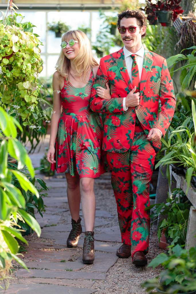 Shinesty Christmas Suits.Say Aloha To The Mele Kalikimaka Ugly Christmas Suit Pee
