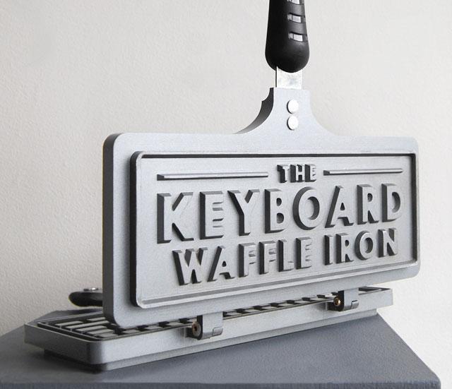 Keyboard-Waffle-Iron-3