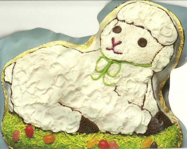 Lamb cake pan