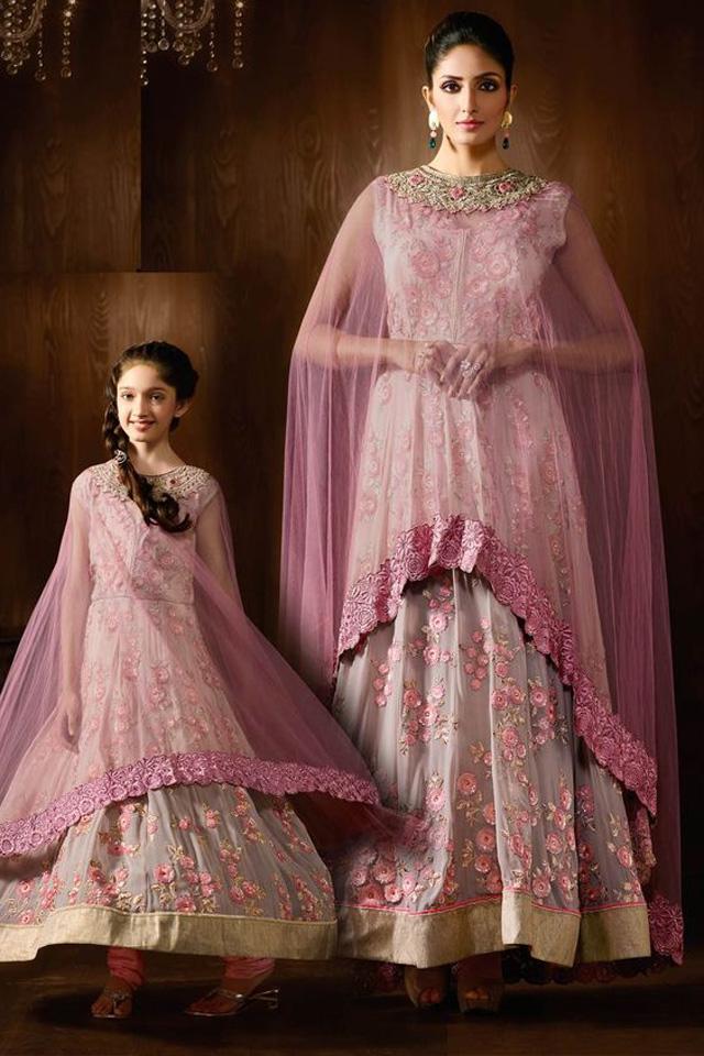 Mother-daughter-salwar-kameez-with-cape