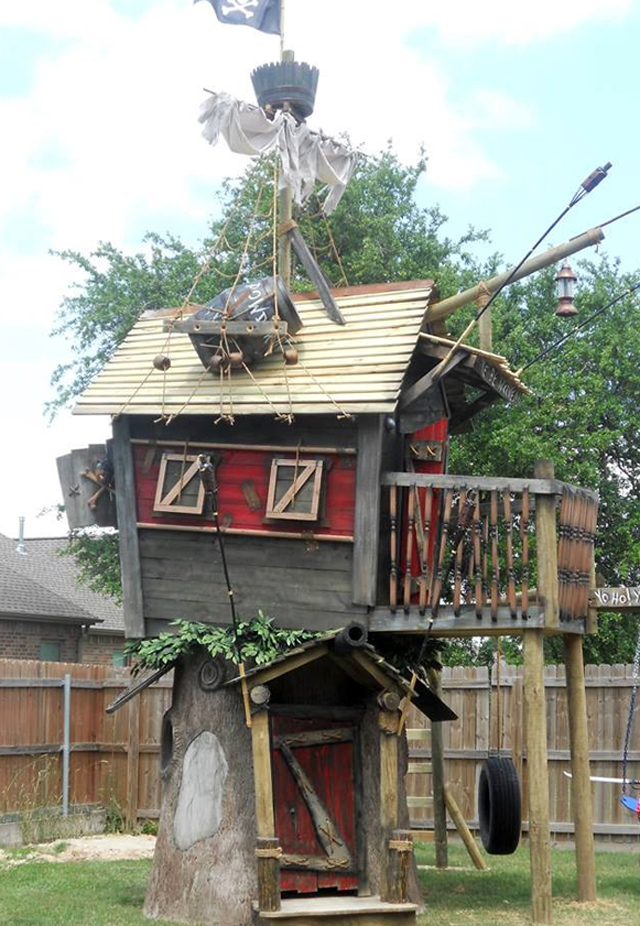 Pirate-Shack-Tree-House