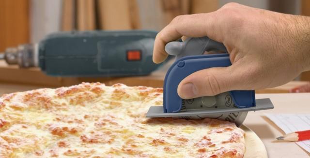 Pizza Boss circular saw pizza cutting wheel