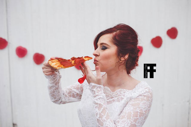 Pizza-marriage-4