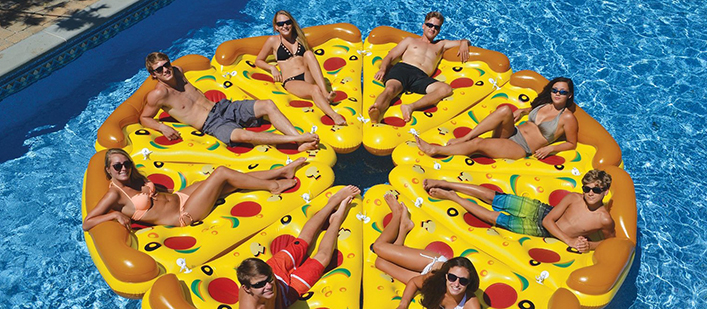 Pizza-pie-pool-floats-featured