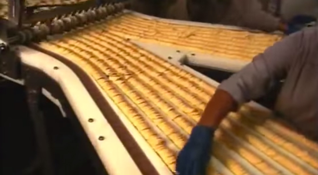 Pringles-assembly-line