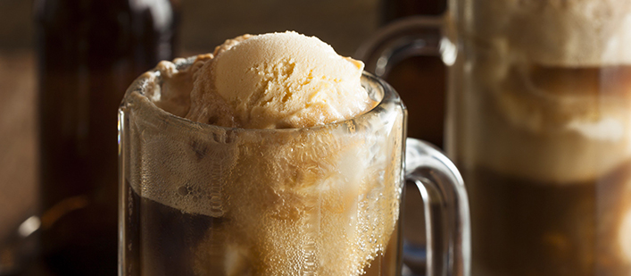 Root-beer-float-featured