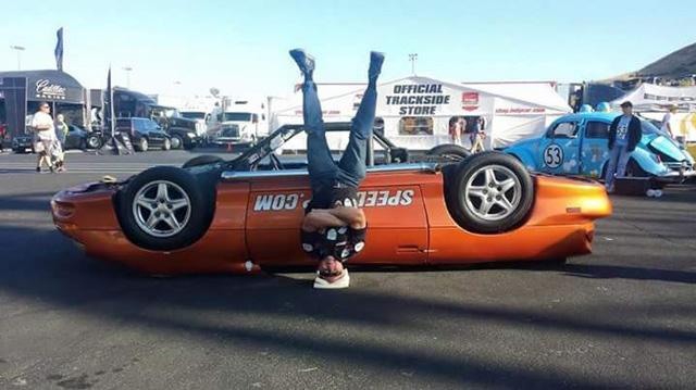 Upsidedown-Camaro-handstand