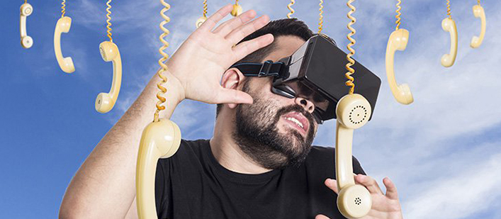 VR-Stock-PHoto-with-Phones